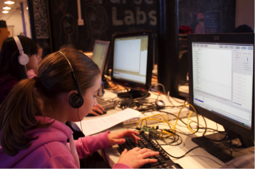 Rachel and Katie creating music with Sonic-Pi 2