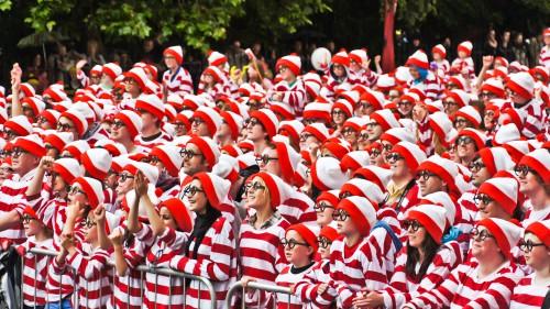 Where's_Wally_World_Record_(5846729480)