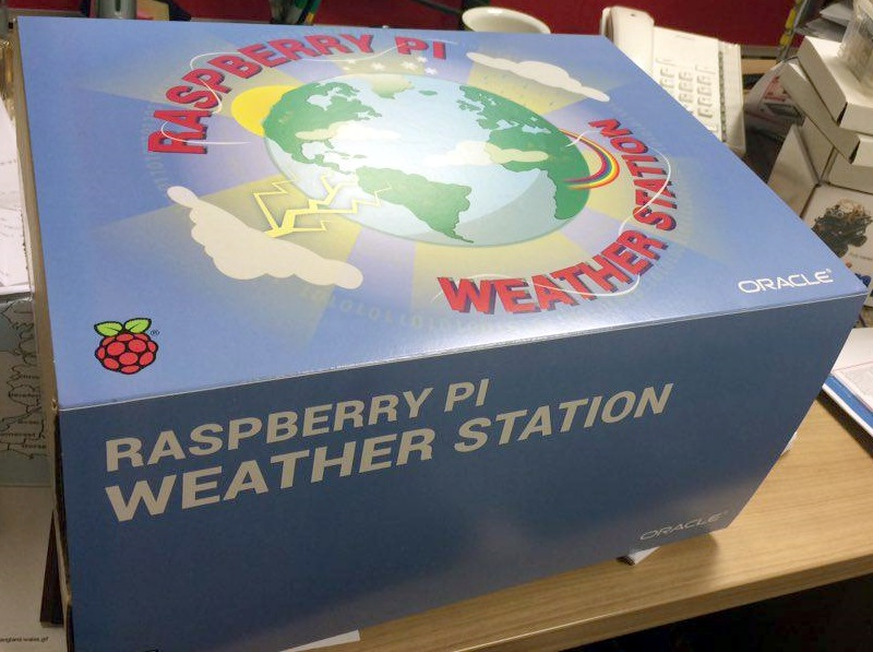 how to build a weather station box