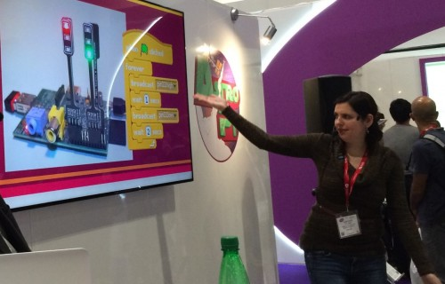 Cat Lamin talks about using Scratch with the Raspberry Pi GPIO at Bett 2016