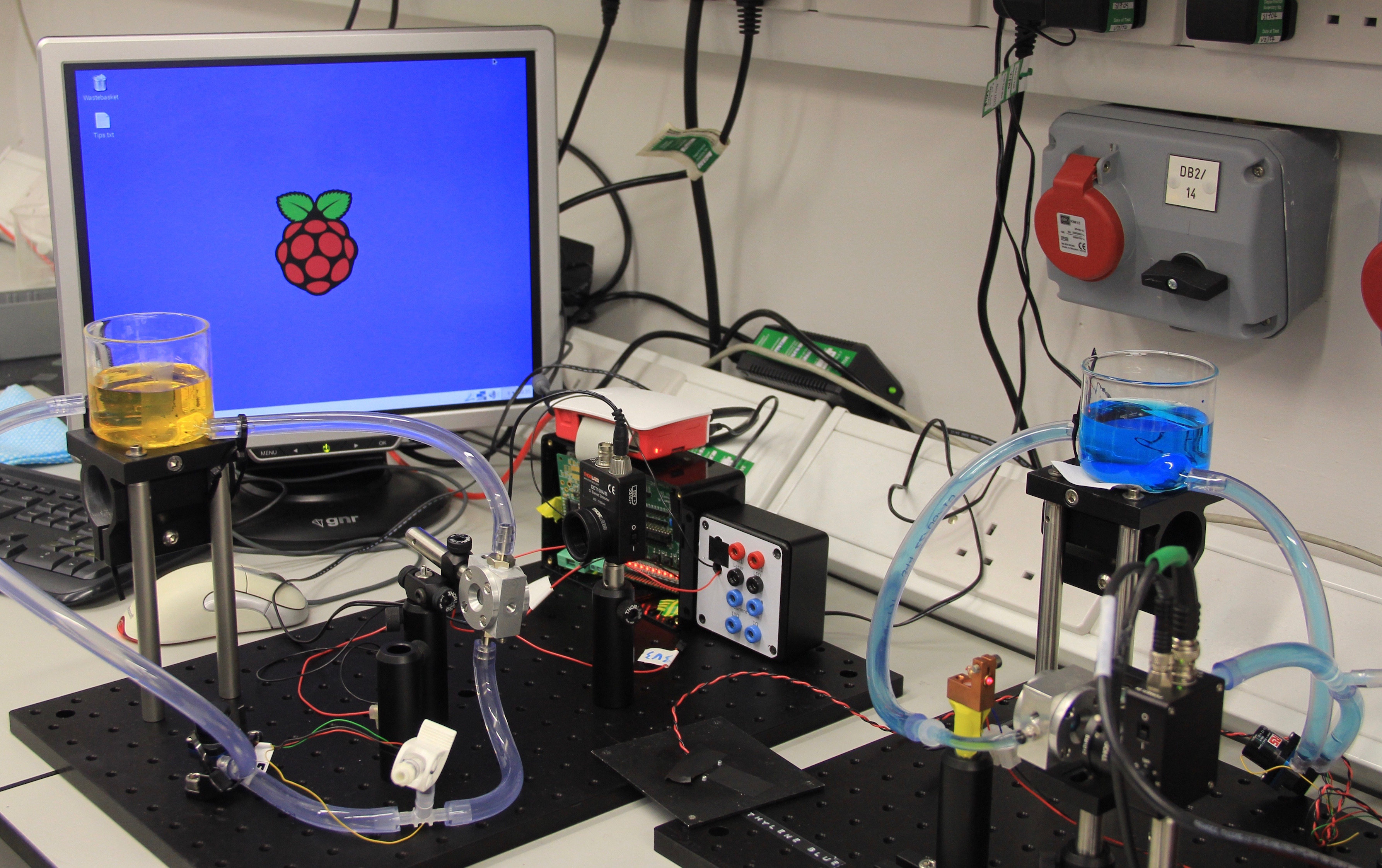 Photocatalysis with a Raspberry Pi