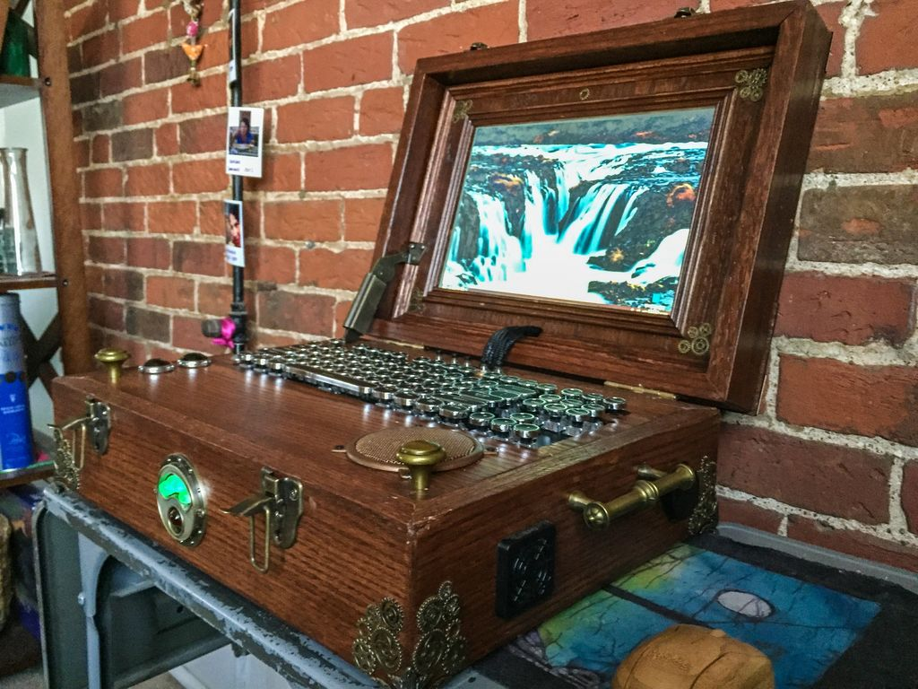 Steampunk Laptop Powered By Pi Omg So Fancy Raspberry Pi