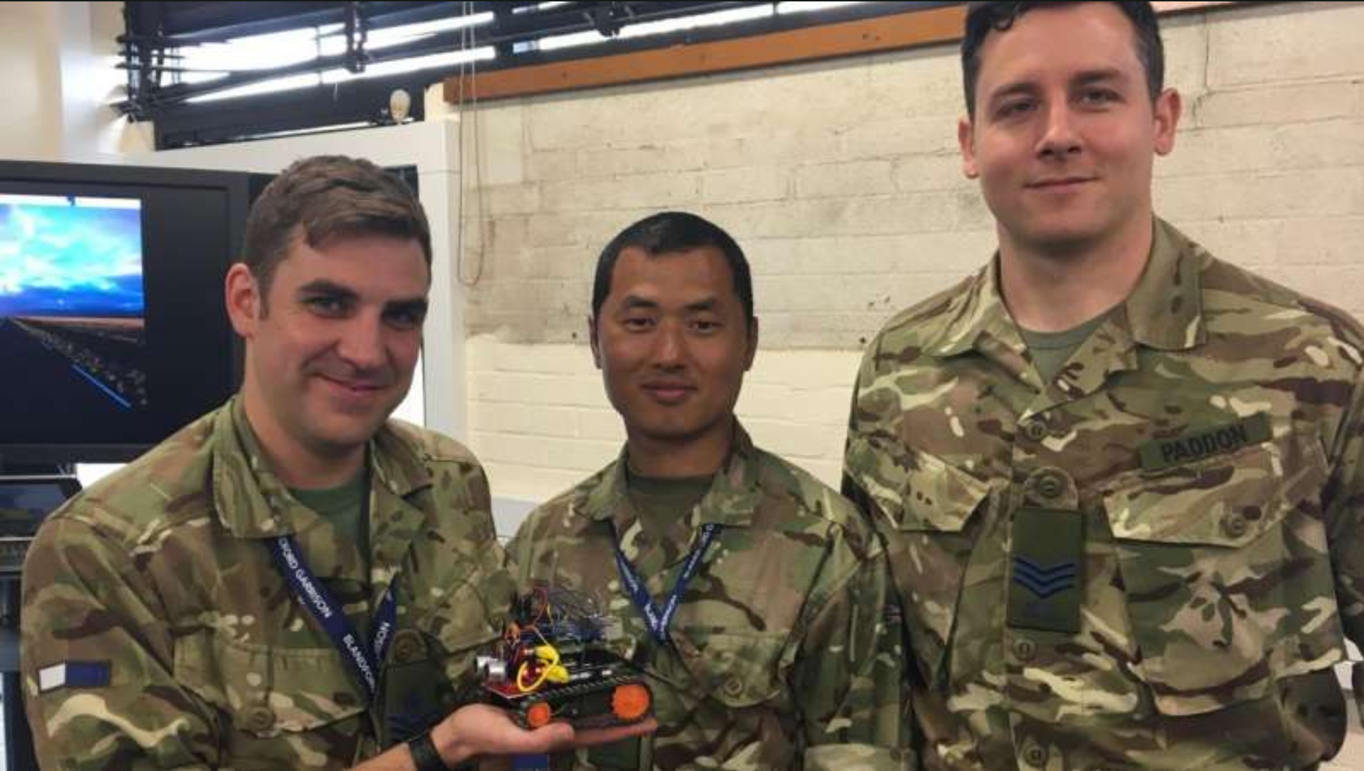 UK soldiers design Raspberry Pi bomb disposal robot