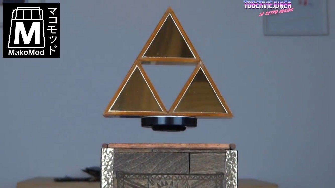 Zelda casemod with levitating Triforce