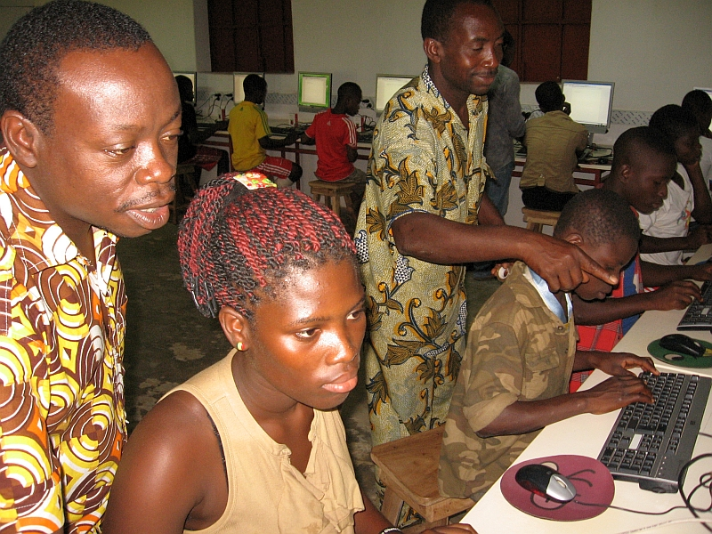 A Raspberry Pi lab in Kuma Adamé, Togo that Dominique Laloux helped create and update