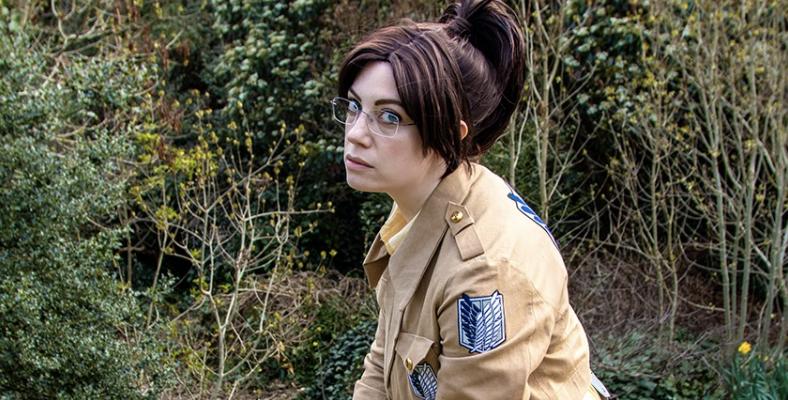 geeky faye in cosplay